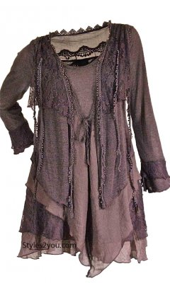 Rain PLUS SIZE Layered Vintage Blouse In Mauve
