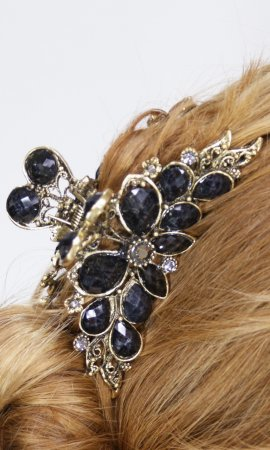 Ladies Vintage Flower Rhinestone Hair Clip In Black