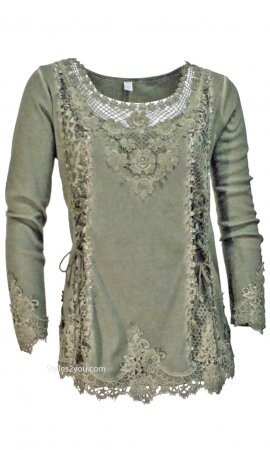 Cholera Vintage Victorian Lace Up Blouse In Green Pretty Angel