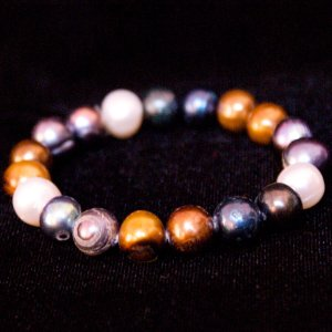 "7"" Stretch Pearl Bracelet In Mixed Colors"