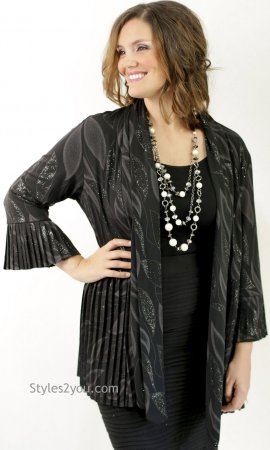 Madeline Pleated Jacket Black & Silver Reina Pretty Woman Jacket
