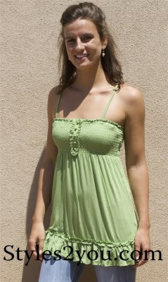 Alicia Top In Green