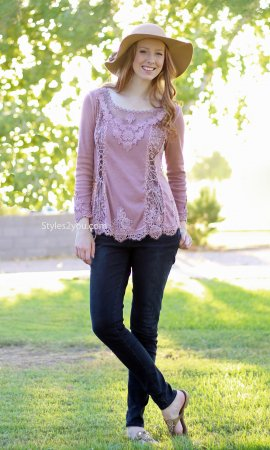 Cholera Vintage Victorian Lace Up Blouse In Mauve