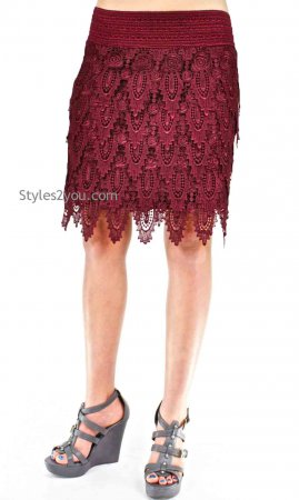 Brady Elastic Waist Layered Crochet Lace Skirt In Burgundy