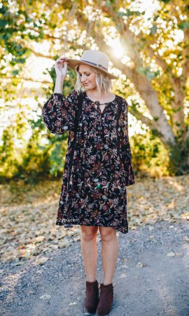 Lang Ladies Loose Fitting Boho Dress With Crochet Trims In Black