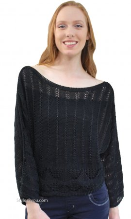 Emmalee Long Sleeve Loose Textured Cable Knit Sweater In Black