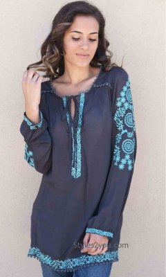 Hope Lady's Oversized Embroidered Bohemian Blouse In Gray