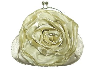 Vintage Victorian Garden Flower Purse In Cream