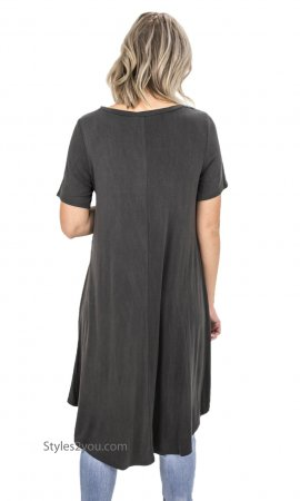 Lubbock Bohemian Twisted Front Short Sleeve Tunic In Ash Gray