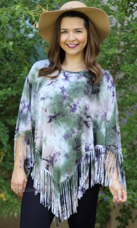 MOON DANCE FRINGE TOP WITH SLEEVES IN TIE DYE