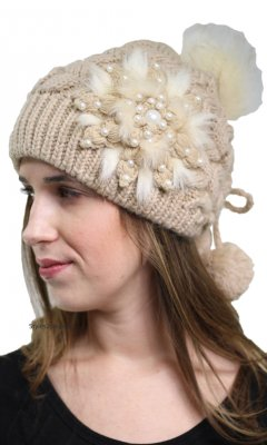 Adjustable Cable Knit Hat With Faux Pearls & Fur In Beige