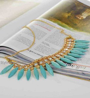 Collar Necklace In Turquoise