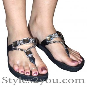 Grandco Sandals Crystal Thong In Black